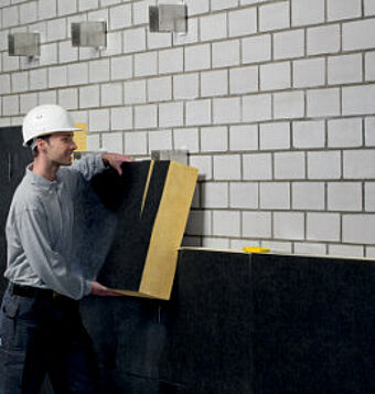 optimaler w rmeschutz vorgeh ngte hinterl ftete fassade. Black Bedroom Furniture Sets. Home Design Ideas